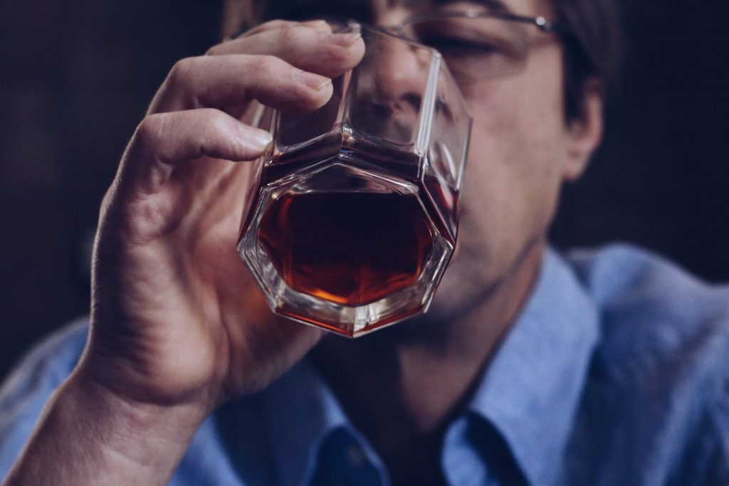 cheren-drob-alkohol