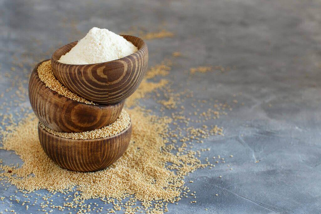 Купички със семена и брашно от Щир