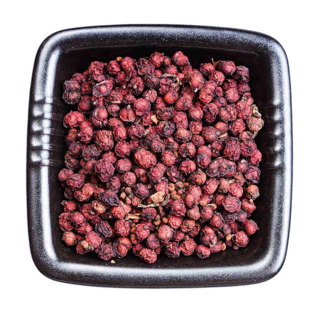 Сушени плодове Шизандра в кутия